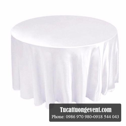 Bàn tròn 1m50 khăn trắng
